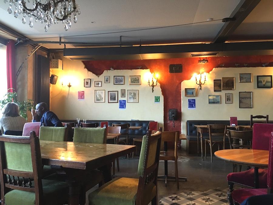 nyon cafe