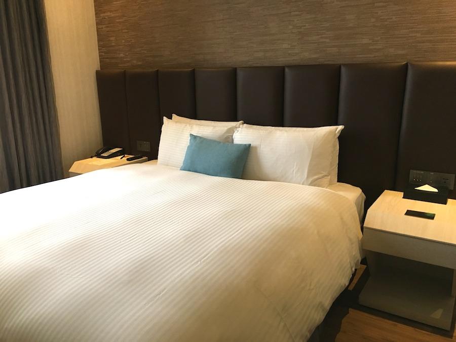 treeart hotel room1